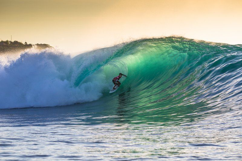 Indonesia hacer surf